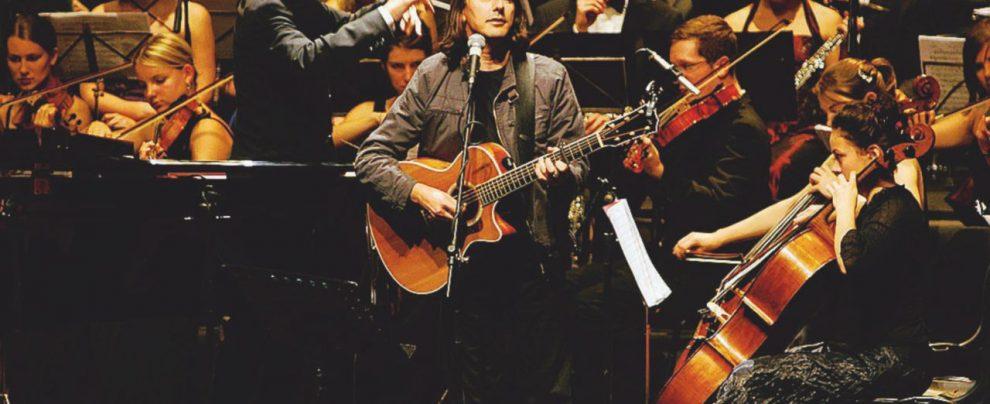 La chitarra di Pollina al Tenco, finalmente l'Italia si accorge di lui