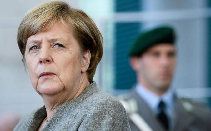 Il voto in Baviera terremota il governissimo della Merkel