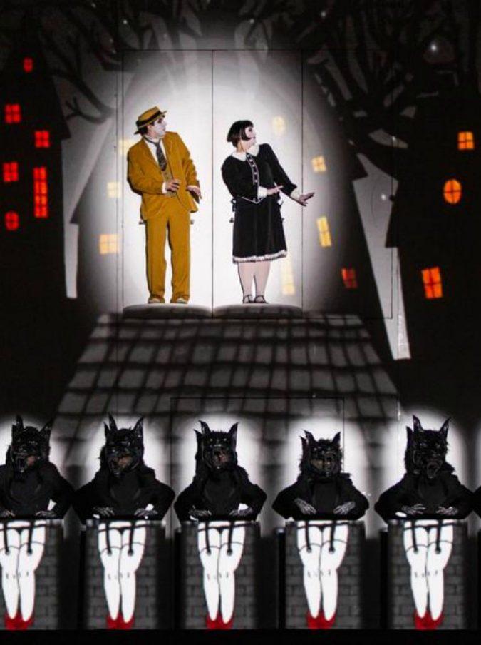"""Opera di Roma, incanta Il Flauto Magico """"cinematografico"""": il capolavoro di Mozart come un film muto, tra Buster Keaton e Tim Burton"""