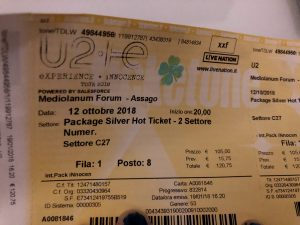 Concerto U2, biglietto venduto a oltre 200 euro ma il posto