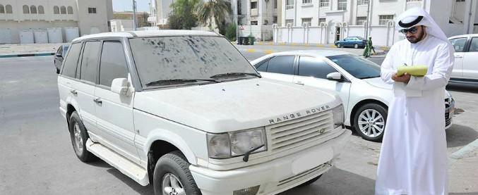Dubai, macchina sporca al limite dell'irriconoscibile? Allora scatta la multa