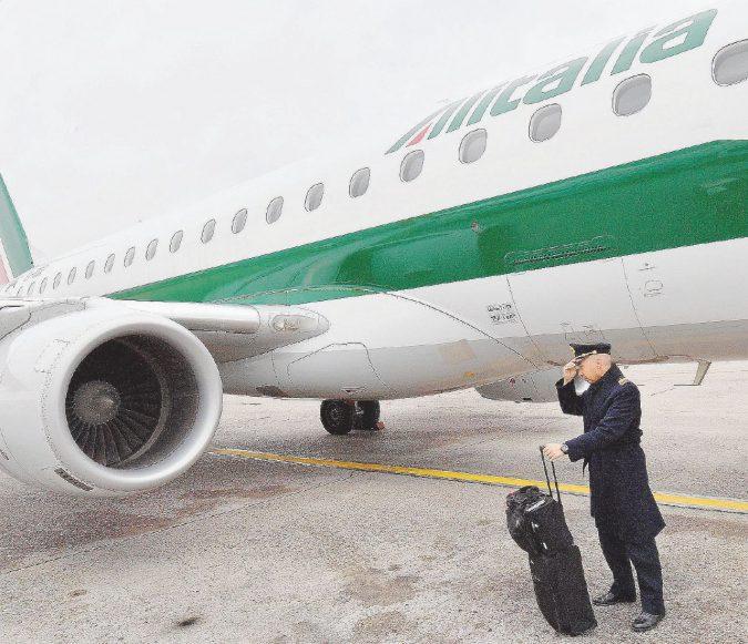 """""""Truffa Alitalia, i riposi dei piloti pagati dalla cassa integrazione"""""""