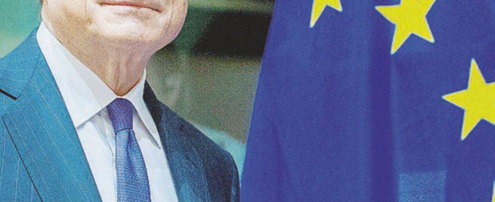 Manovra, anche se pochi lo ascoltano Draghi non smetta di parlare