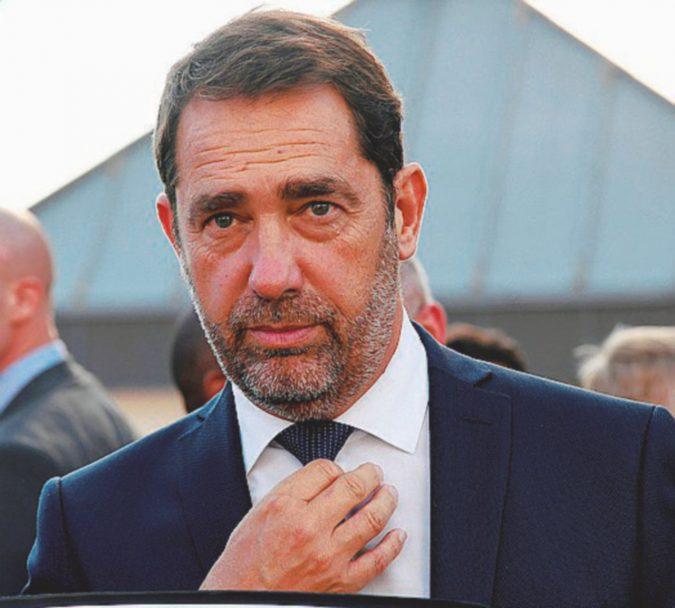 """Il """"bravo soldatino"""" di Macron scelto contro i """"cugini italiani"""""""