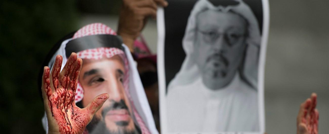 """Khashoggi, fonti turche: """"Resti del corpo del giornalista ritrovati nel consolato saudita, omicidio guidato via Skype"""""""