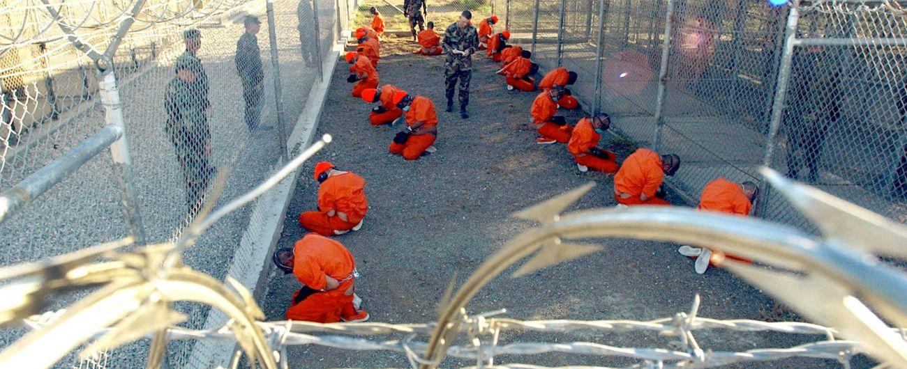 Usa, Guantanamo resterà aperta per altri 25 anni. Donald Trump cancella un'altra decisione di Barack Obama