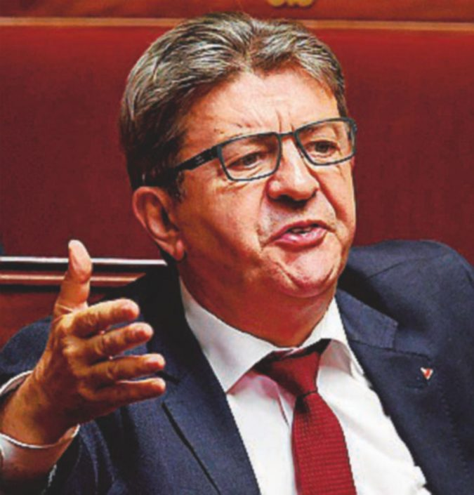 """Fondi elettorali, polizia da Mélenchon. Lui urla: """"È un complotto di Macron"""""""