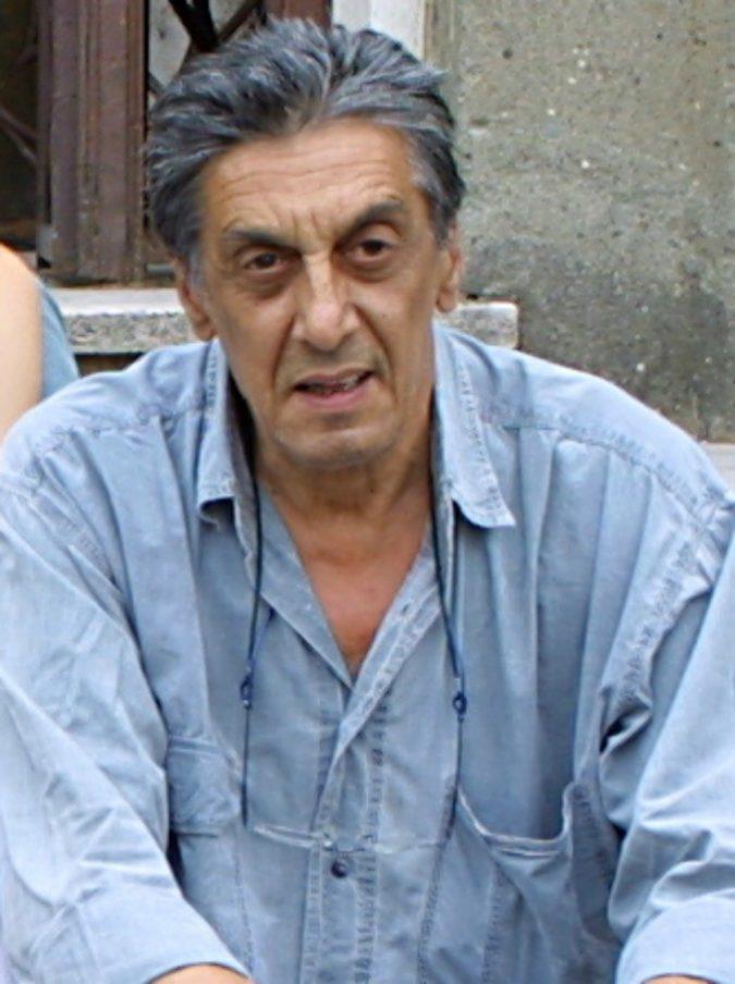 """Flavio Bucci: """"Non ho più soldi, ho speso tutto in donne, vodka e cocaina. Ora vivo in una casa famiglia"""""""
