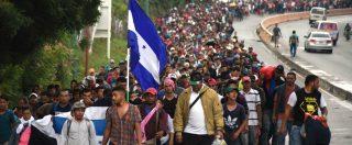 Migranti, la carovana che spaventa Trump: in 4mila marciano verso gli Usa. E il Messico invia l'esercito al confine