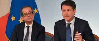 """Manovra, Conte: """"Italia non ha cappello in mano"""". Modifiche al testo: dal fondo per femminicidi a flat tax pensionati"""