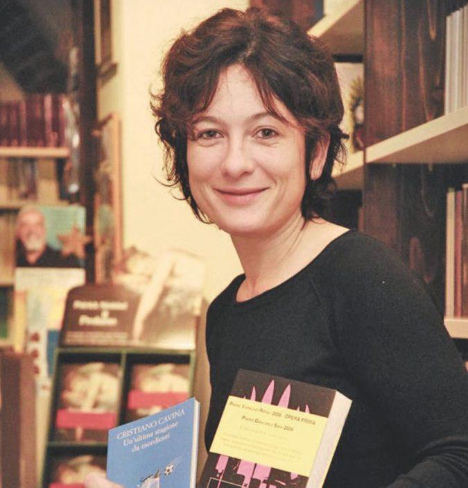 La libraia che sfida la sindaca: la battaglia a Lodi è donna