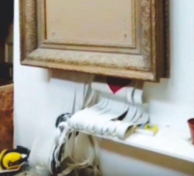 Banksy, l'opera distrutta e la beffa al quadrato