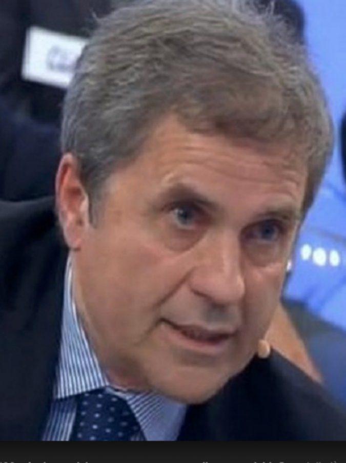 """Uomini e Donne, parla Giuliano Giuliani: """"Rocco si è suicidato perché depresso. La redazione ti usa e poi ti butta via"""""""
