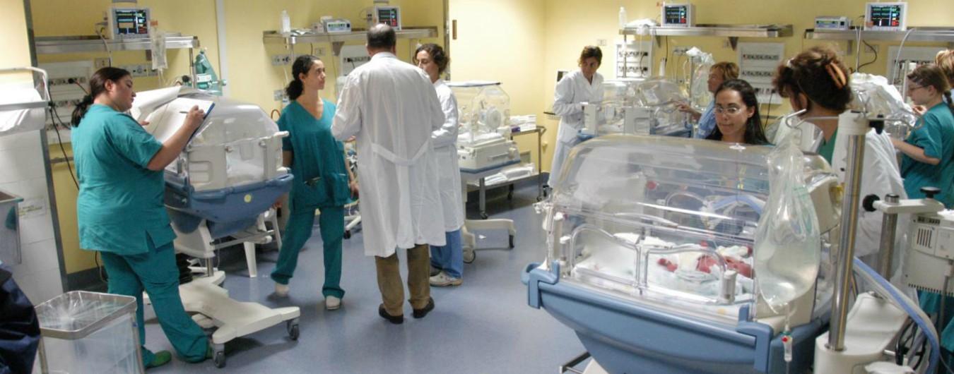 Epidurale, mancano gli anestesisti: così in Italia il diritto a un parto dolce rimane solo sulla carta