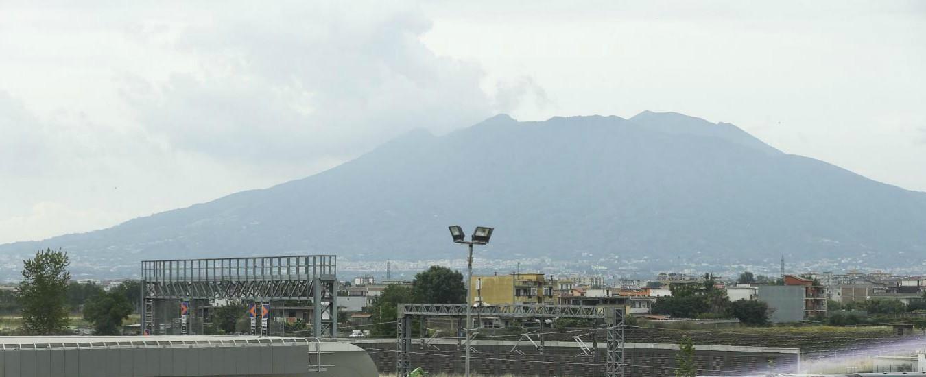 Piano evacuazione del Vesuvio verso la modifica: sfollati restano in Campania. 'Meno centri decisionali e spopolamento'