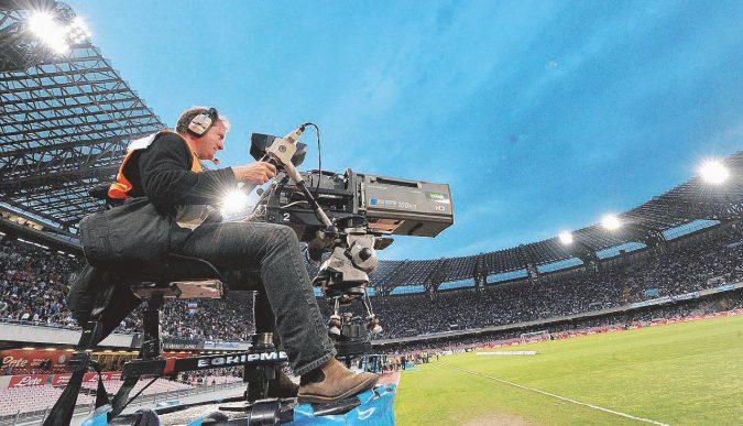 Tifosi beffati, così si ottengono i rimborsi per le partite in tv