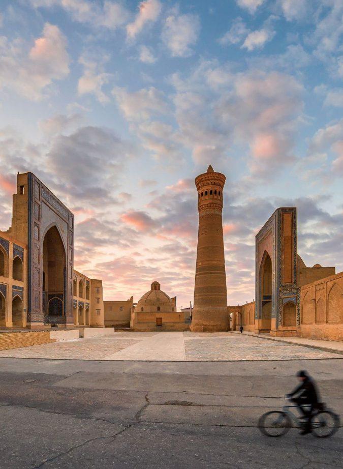 Bukhara, la più sacra dell'Asia Centrale