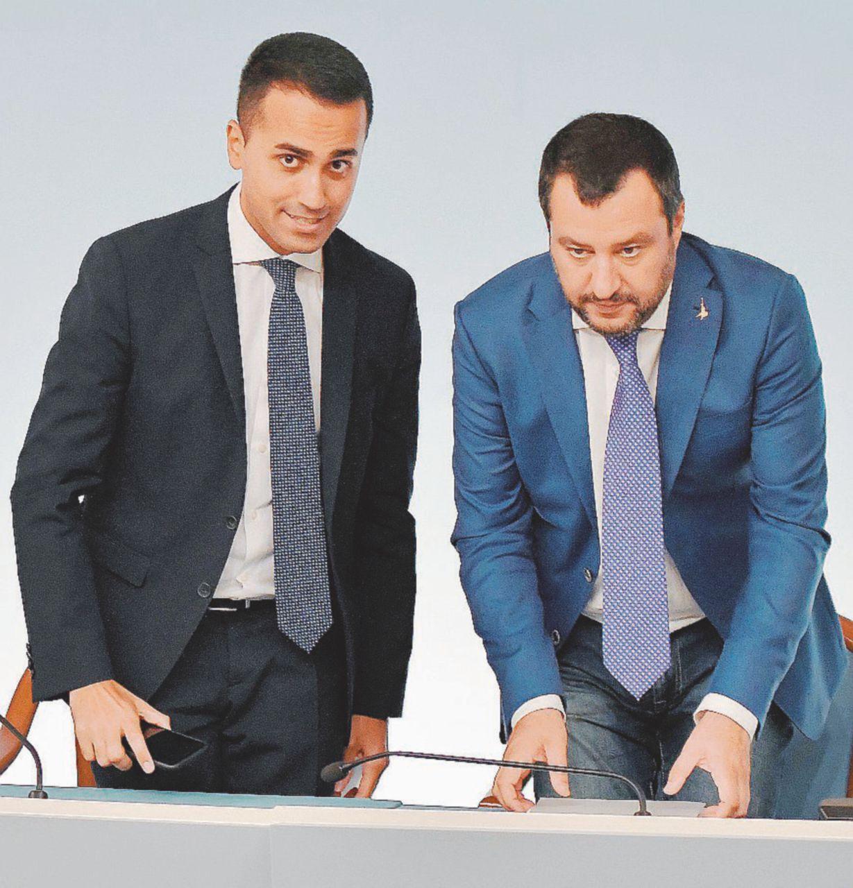 In Edicola sul Fatto Quotidiano del 23 ottobre: Evasori in carcere: sparita la promessa di Salvini e Di Maio