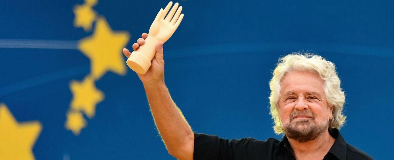 """Beppe Grillo e la metafora sull'autismo: """"Non esiste il politically correct nel mio mestiere"""""""