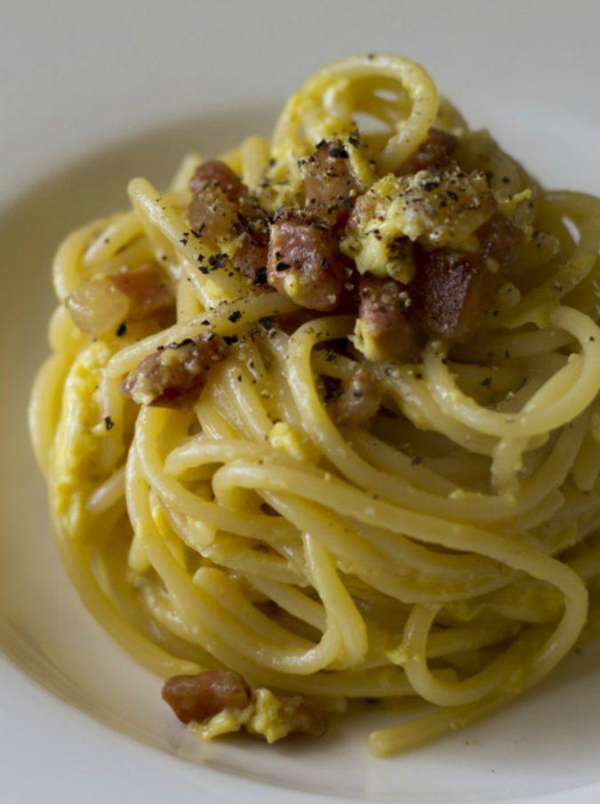 World pasta day, la preferita degli italiani? La carbonara. Intanto si fa strada la 'risottata'