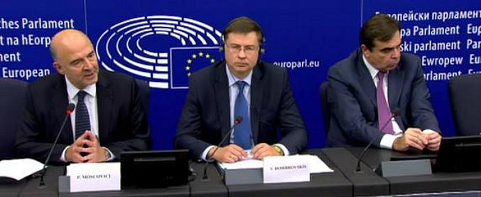 """Manovra, arriva la bocciatura Ue: """"Impegni deliberatamente violati"""". Tre settimane per presentare una nuova bozza"""