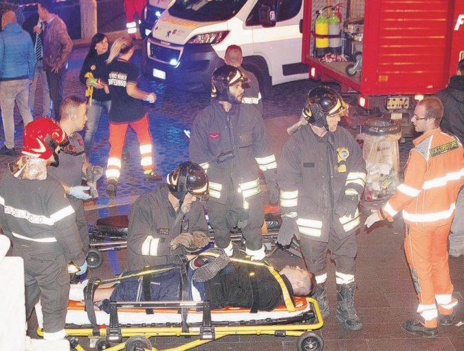Roma, cede la scala mobile, strage sfiorata sulla Metro A