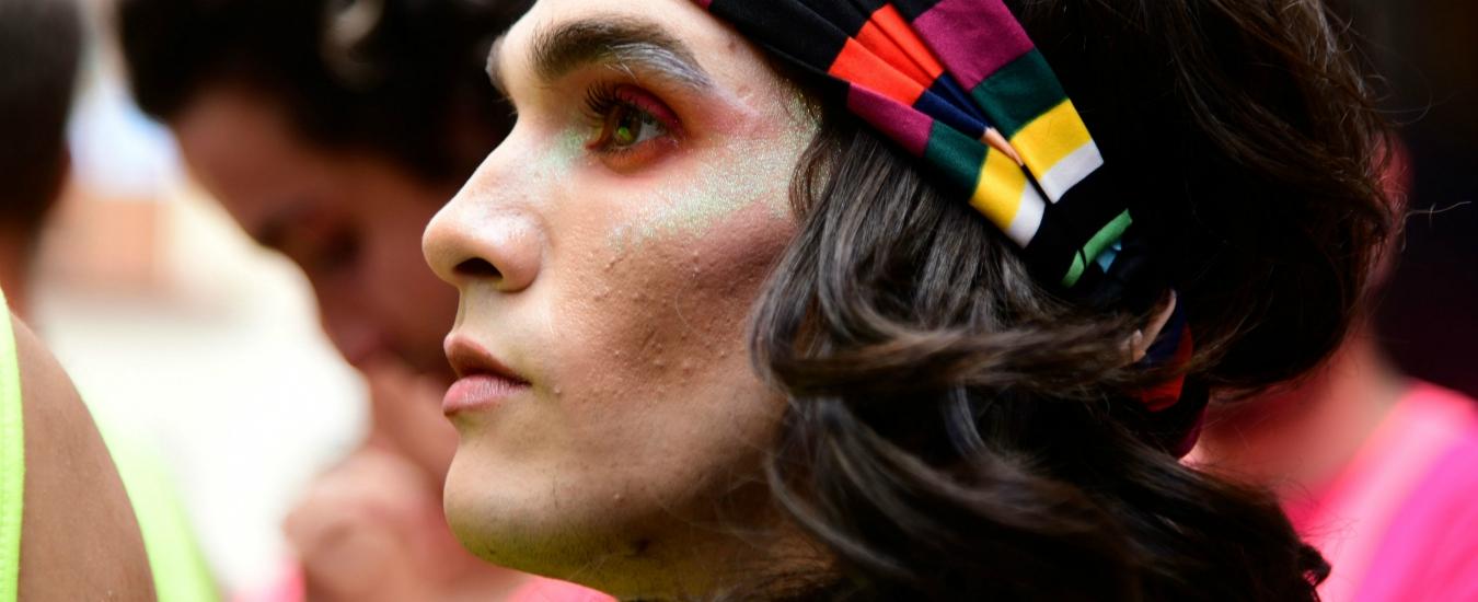 Dritto ragazzo Dating ragazza transgender