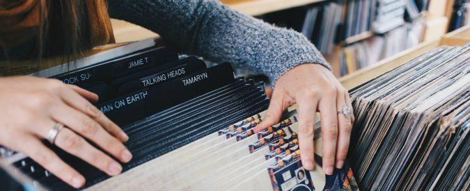 L'algebra delle lampade, un almanacco musicale per una cultura alt(r)a