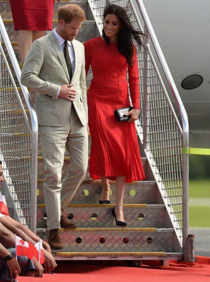 """Meghan Markle e il principe Harry svelano quando nascerà il """"royal baby"""""""