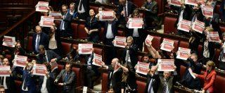 Decreto Genova, rallenta il voto alla Camera: seduta notturna. Scontro in Aula sul condono per Ischia