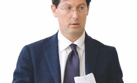 Dl Fiscale, il dirigente del Tesoro Garofoli e gli 84 milioni per la Croce rossa dopo il maxi-sconto sulla casa
