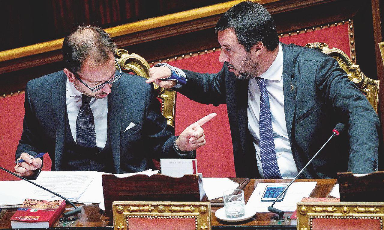 In Edicola sul Fatto Quotidiano: Il dossier Croce Rossa in Parlamento