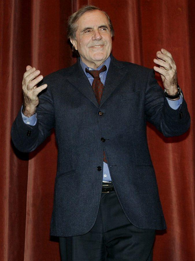 """E' morto Carlo Giuffrè, addio all'ultimo interprete di De Filippo. Diceva: """"A casa barcollo e mi ingobbisco. A teatro guarisco"""""""