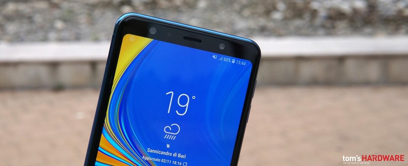Samsung Galaxy A7 2018, lo smartphone da 300 euro con ottimo schermo e tripla fotocamera