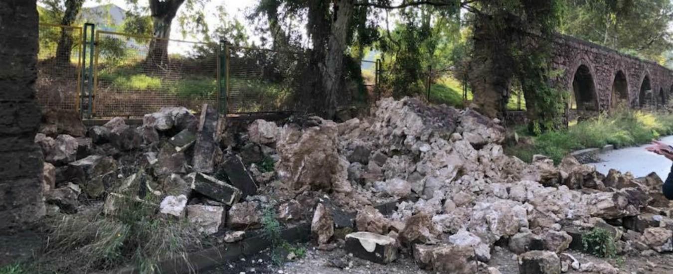Taranto, crolla l'arcata dell'acquedotto del Triglio. Così l'inquinamento sbriciola monumenti