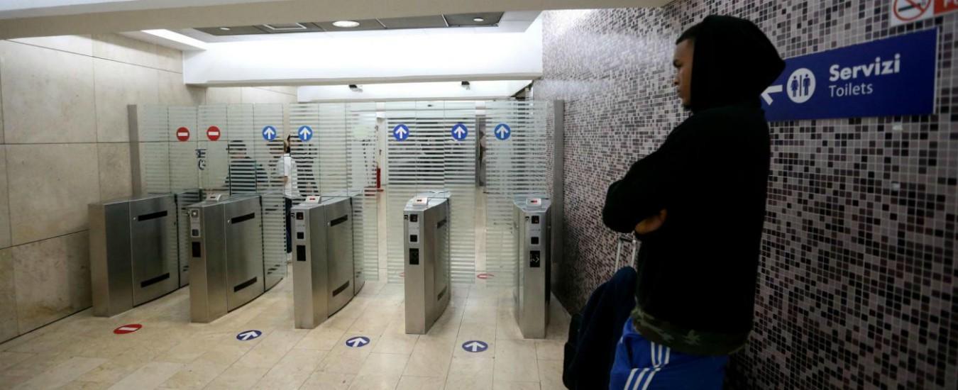Pagare un euro per andare in bagno in stazione sono basito il fatto quotidiano - Supposte per andare in bagno ...