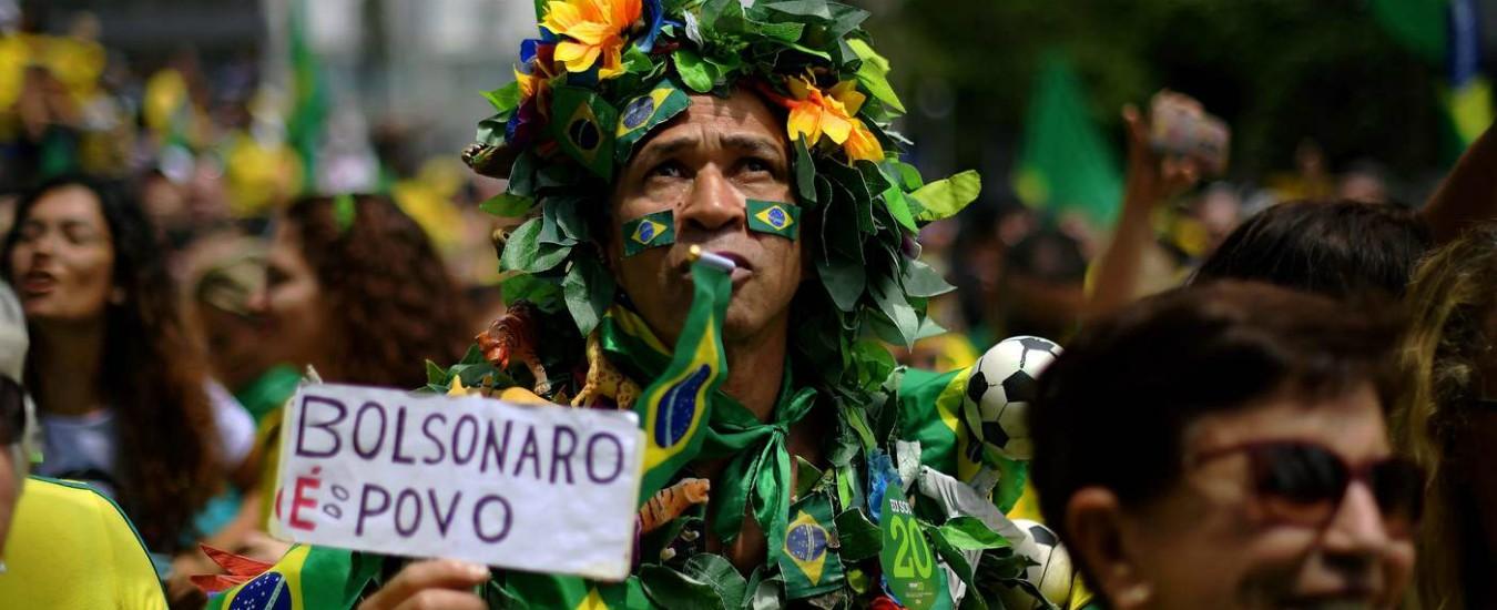 Amazzonia a rischio estinzione. Così Bolsonaro vuole 'fare grande' il Brasile