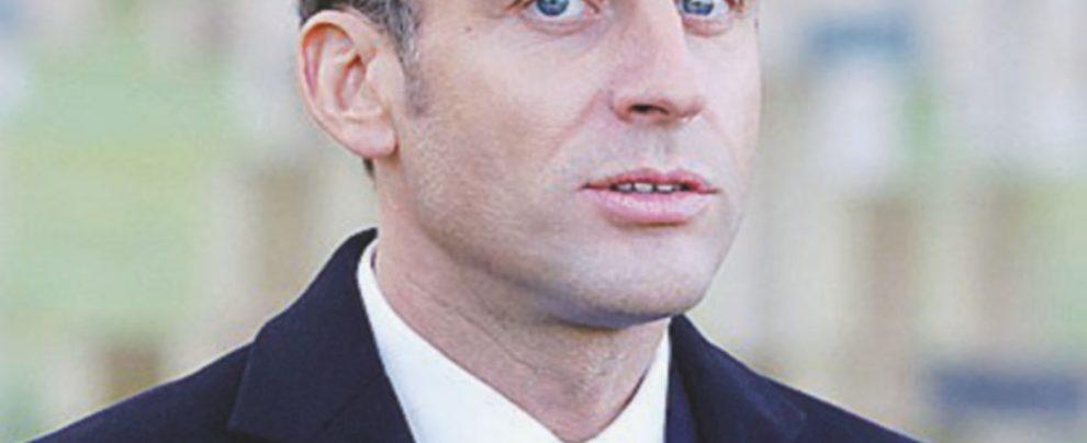 """Macron, l'ultra destra e l'""""attentato"""""""