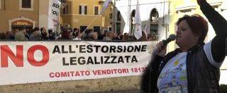 """Roma, protesta del Comitato Venditori 18135: """"Costretti a risarcire migliaia di euro dopo aver ceduto casa. Aiutateci"""""""