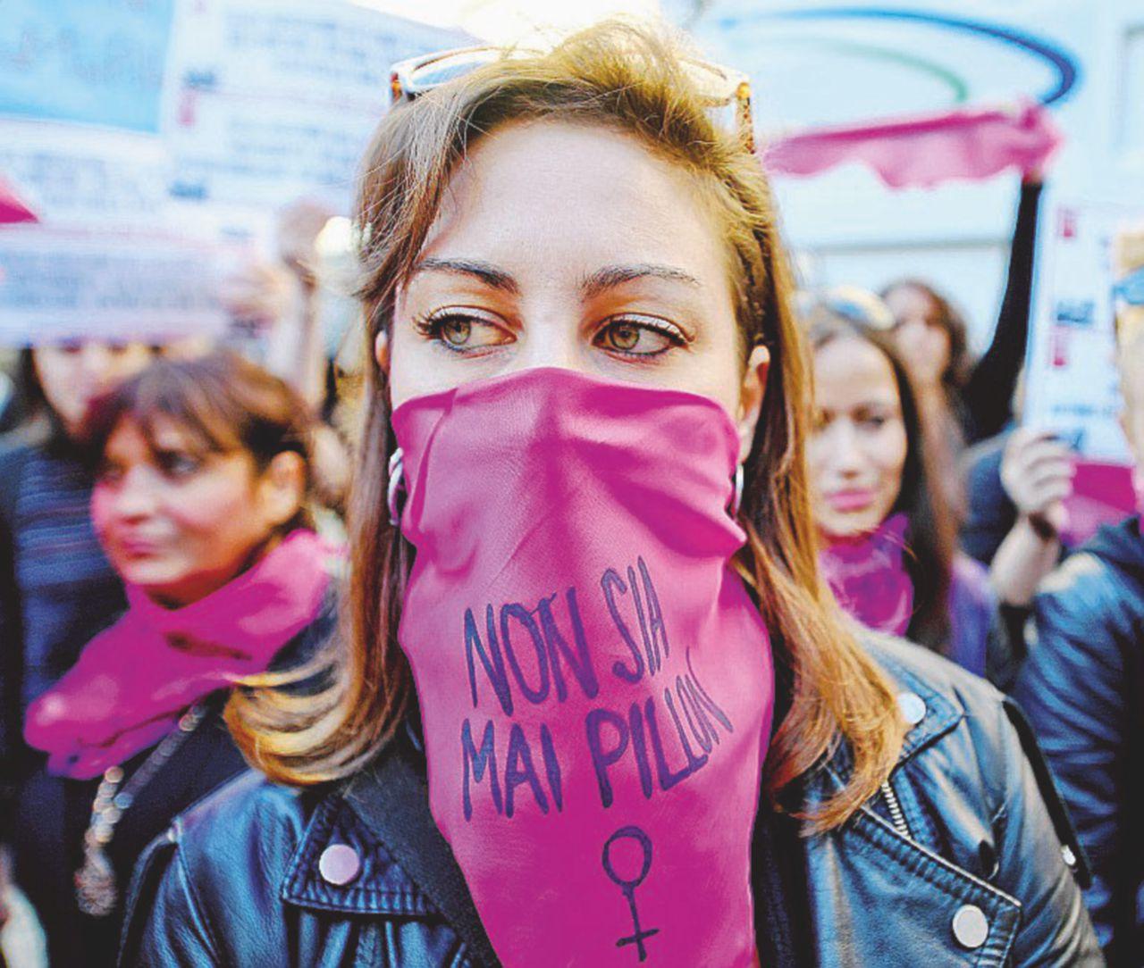 """È contro le donne! "", 60 piazze contro il ddl Pillon"