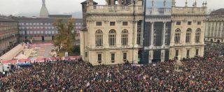 """Torino, in decine di migliaia manifestano per il Sì alla Tav. In piazza anche la Lega: """"Rispetto per M5s, ma va fatta"""""""