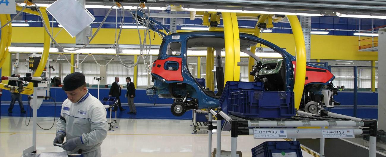 Industria, ad aprile cala la produzione: -0,7%. Crolla l'auto: -17% su base annua