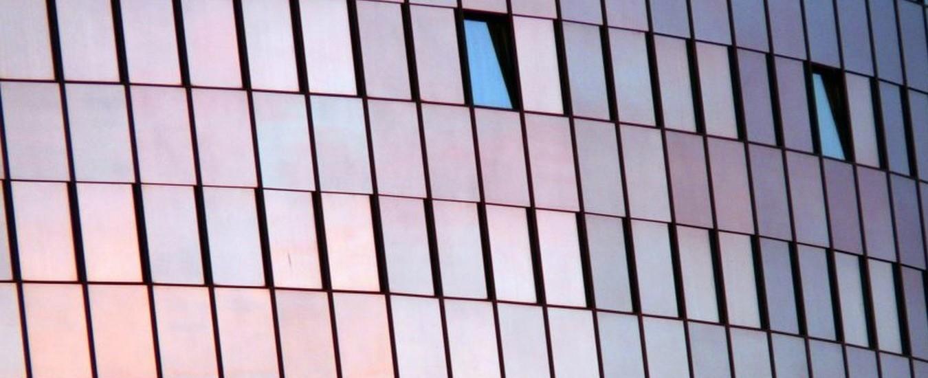 Le finestre intelligenti ci terranno al fresco d'estate e ci faranno risparmiare sui condizionatori