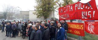 """Industria Italiana Autobus, adesione del 100% allo sciopero: """"Paghino stipendi"""""""