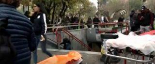 """Incidente metro Milano, frenata improvvisa della linea 1: 13 feriti lievi. Atm: """"Un'anomalia ha attivato il sistema d'emergenza"""""""