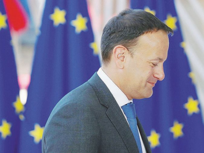 """Sovranità, vincoli Ue e le due Irlande: qui casca il """"deal"""""""