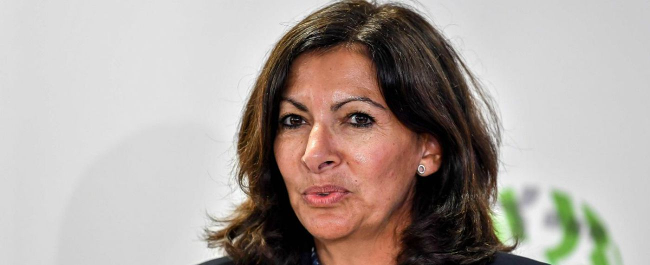 """Mimmo Lucano, Parigi approva delibera in sostegno di Riace: """"Sospensione è decisione politica inaccettabile"""""""