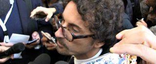 """Dl Genova, Toninelli: """"Orgogliosissimo di aver alzato il pugno. Di Maio arrabbiato? Smentisco, si è complimentato"""""""