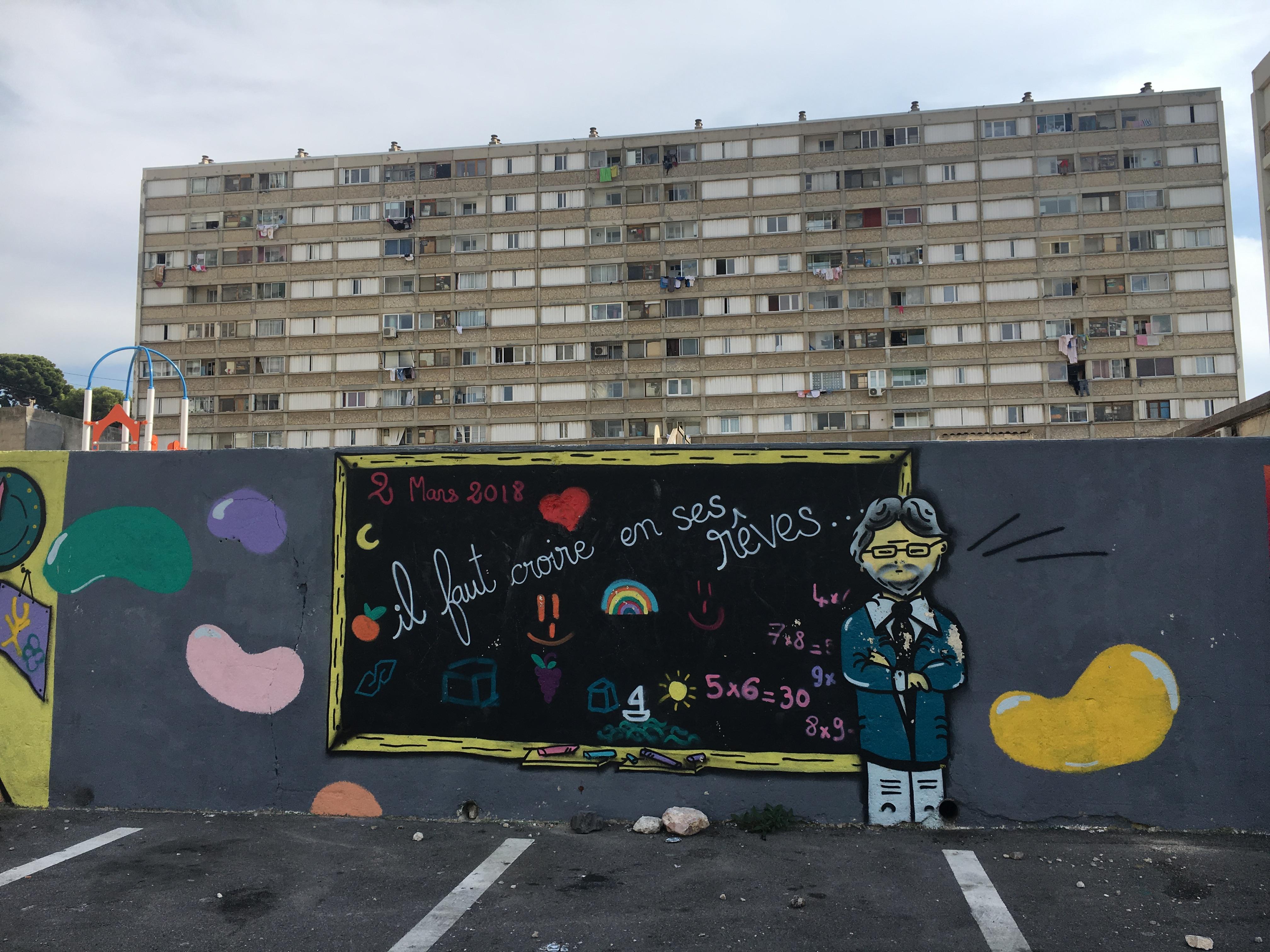 Francia, populisti ma rossi. A Marsiglia con gli attivisti di Mélenchon nel quartiere off limits