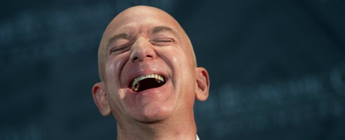 Amazon, farsi pagare dai poveri non è mai stato così facile